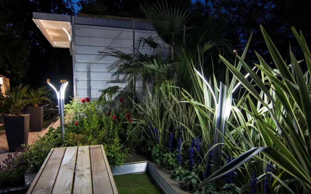 Illuminazione giardino design e led per un giardino moderno