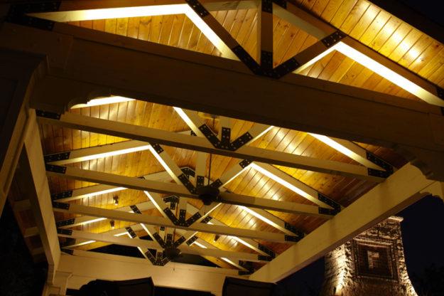 Idee per come illuminare il gazebo parco del contemporaneo